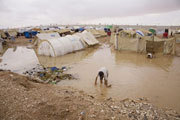 Flood ordeal for Palestinians stuck on Iraq-Syria border